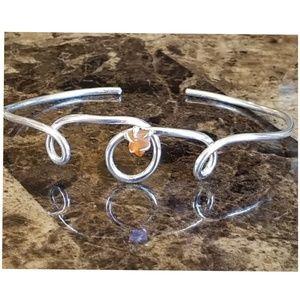 Genuin Simple Silver Twist Carnelian Cuff Bracelet